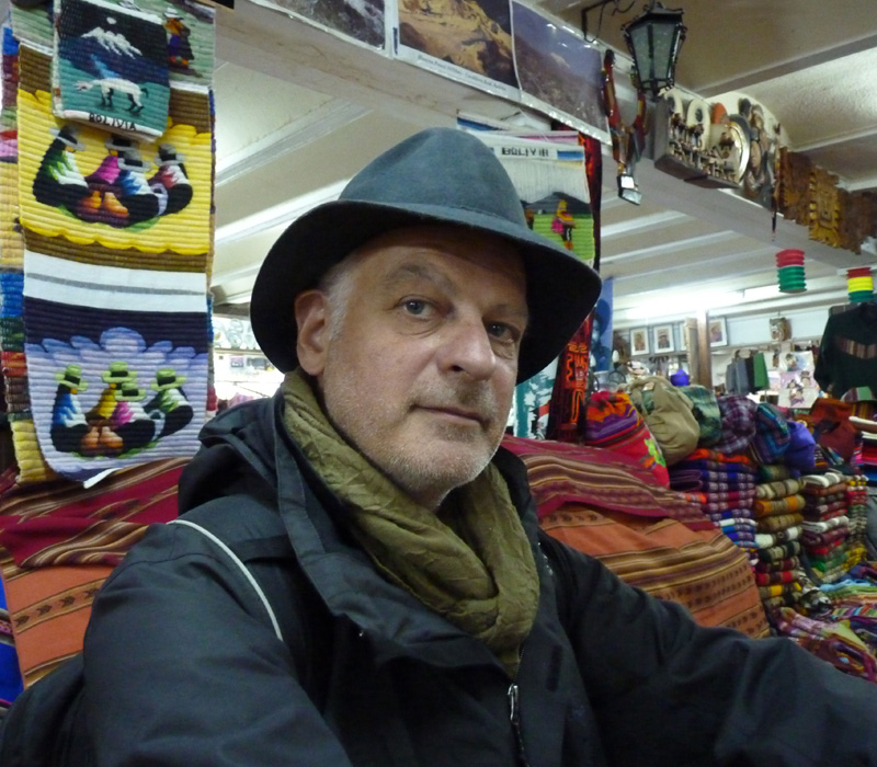 Francis a enfin trouvé son chapeau de baroudeur, un Borlino traditionnel bolivien