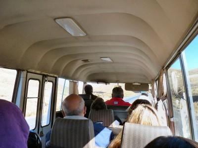 sur la route de Tiahuanaco en micro bus