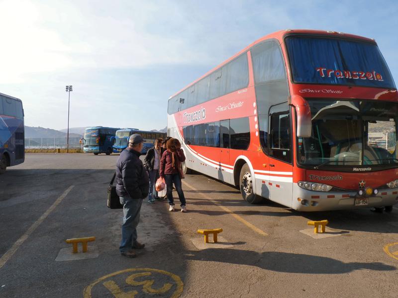 Notre bus VIP à deux étages, au confort parfait