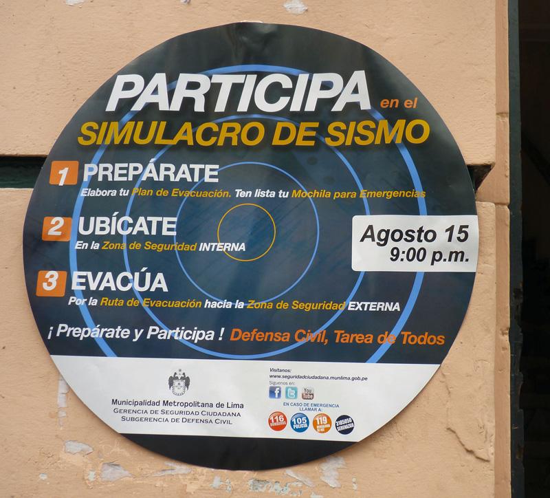C'est avec attention que nous prenons connaissance du plan local d'évacuation en cas de séisme, affiché un peu partout sur les murs urbains