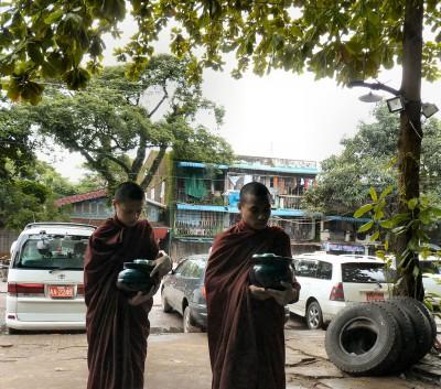 birmanie-20-22-juillet-yangon-P1490993-enr-web-800